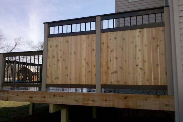 Easy Pool Deck W Privacy Screen: Trex And Wood Privacy Wall On Trex Deck Lake County