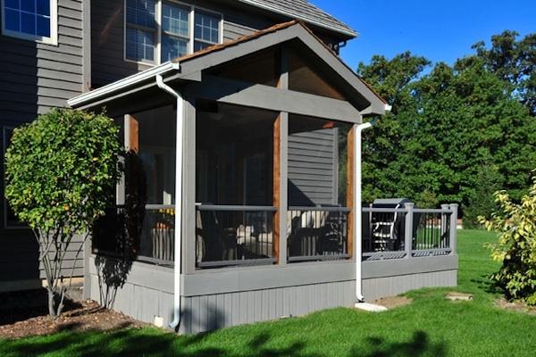 RSB Trex® Deck and Cedar Screen Room