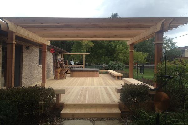 Cedar Deck and Free-standing Pergola Twin Lakes