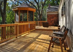 Cedar Deck and Pergola Marengo 2