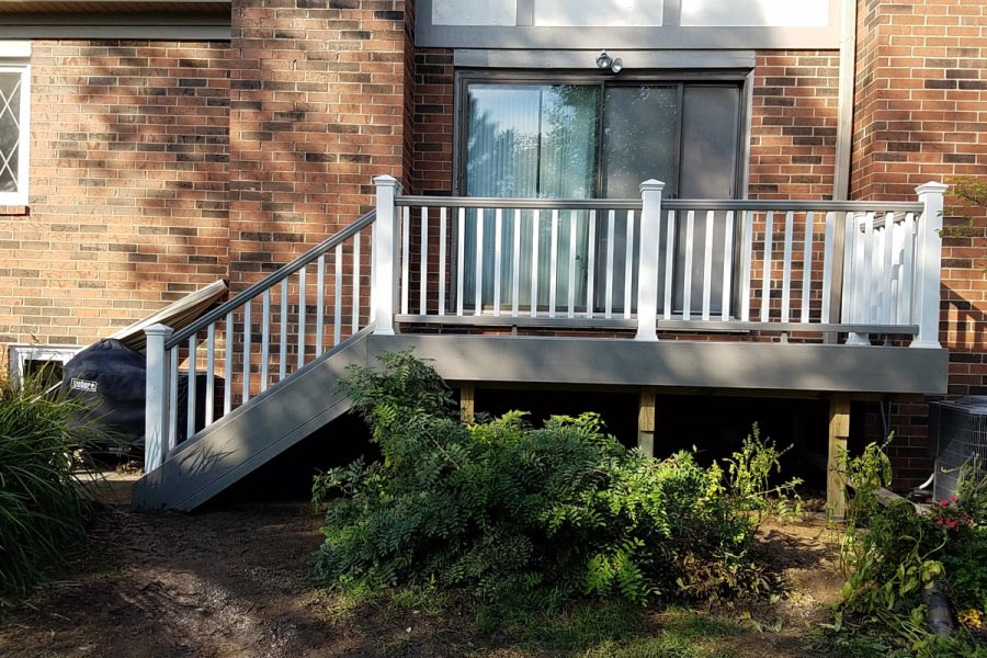 Gravel Path & White Trex® Deck Libertyville