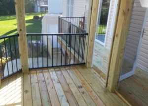 Inside of Basic Cedar Deck and Screen Room with Trex® Reveal Railings Lake County