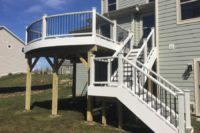 Island Mist Curved Trex® Deck with White Railings Elgin