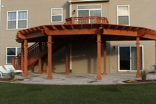 Large Curved Wood Pergola Lakemoor