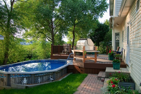 Multi-Color Trex® Pool Deck Hoffman Estates