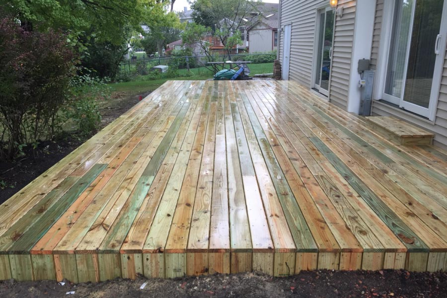 Pine Platform Deck Lake County