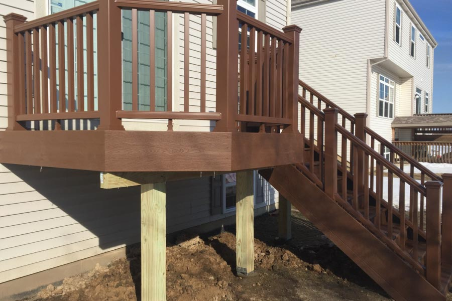 Small Trex® Tree House Deck Lake County