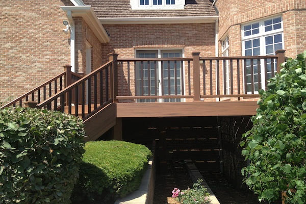 Trex® Deck South Barrington 2