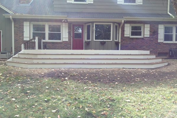 Trex® Deck with Wide Stairs Kenosha