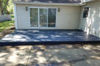 Trex® Select Winchester Gray Ground Level Deck Libertyville