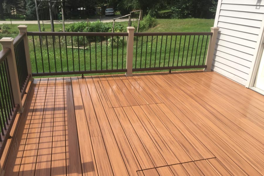 Trex® Tiki Torch Deck with Access Panels for Septic System Oakwood Hills