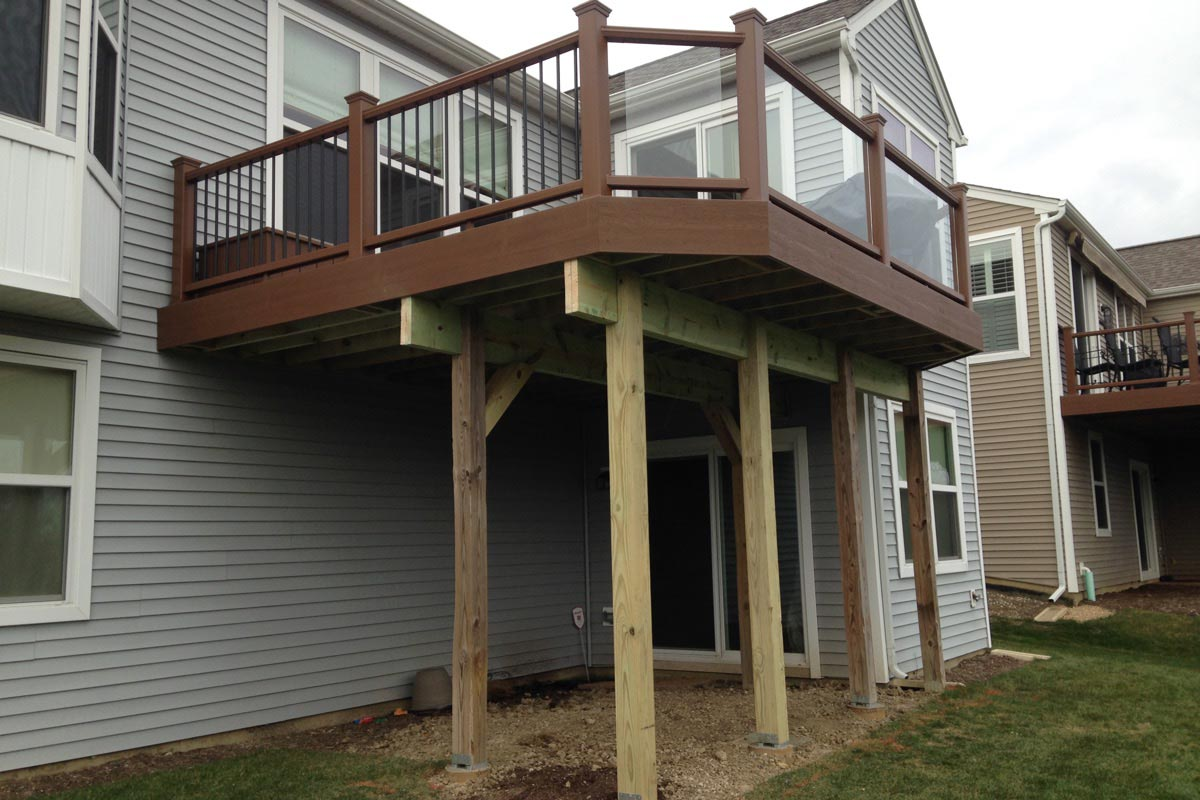 Trex® Tree House Deck with Tempered Glass Railings Vernon Hills