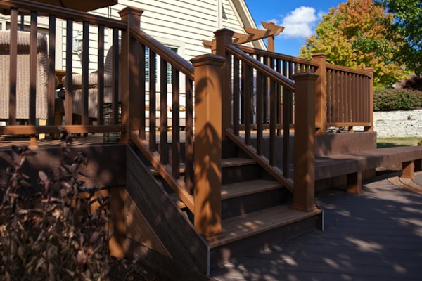 Two-Tone Trex® Deck McHenry County