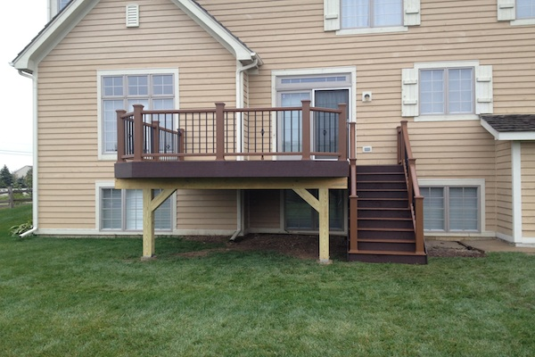 Two-tone Trex® Deck Lake County