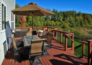 Wood Deck with Aluminum Balusters Lindenhurst